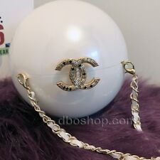 ULTRA RARE CHANEL CC 2016 RUNWAY CHAIN PEARL BAG LIMITED EDITION VIP GIFT