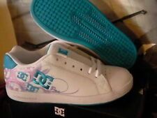 Dc women shoes size 3 youth us( in women 4.5) new in box