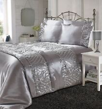 Shimmer Shiny Luxurious Satin Silk Laces Duvet Covers Bedding Sets / Bed Runners