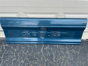 1982-1993 Chevy S10 TAILGATE Blue 1985