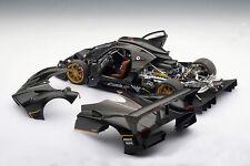 New Old Stock AUTOART Pagani Zonda R Carbon Fiber Pattern 78261 1/18
