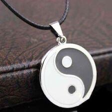 Collar y Colgante  bañado de plata Yin Yang tamaño colgante 10 mm para hombre