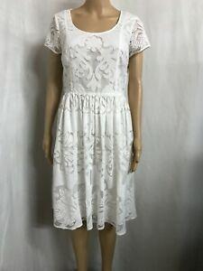 FLEURETTE  BY FLEUR WOOD SIZE 12 WHITE  LACE DRESS