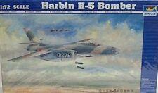 Trumpeter 1/72 Harbin H-5 Bomber New 1603