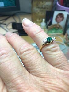 YG Emerald & Diamond 3 Stone X/O YG E.53 D.33 Size P (8) 15/77 RRP £1,800