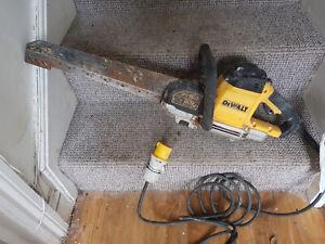DeWalt DWE396 LX Alligator Saw  - 110V