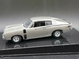 AutoArt Biante 51501 Chrysler Charger E49 Mercury Silver 1971 1:43 Scale Diecast