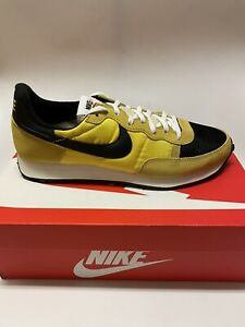 Nike Men's Challenger OG Shoes Yellow Black CW7645-700 Size 11 US