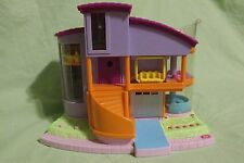 Polly Pocket Ultimate Clubhouse - Magic Movin 2000 with 4 Figures & Lawn Chair