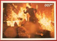 JAMES BOND - Quantum of Solace - Card #083 - Bond Makes A Tough Choice