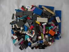 LOT DE CONSTRUCTION * BRIQUES + ROUES *  MARQUE LEGO  (1 KILO environ)