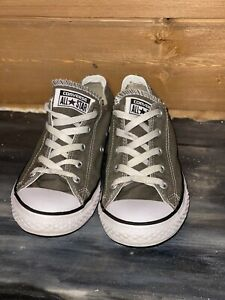 Converse Chuck Taylor All Star Kids Sneaker Size 3 Lo Top Gray