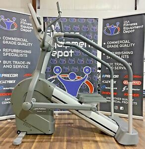 Life Fitness Summit Trainer *Refurbished* FREE SHIPPING