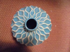 Nice Ceramic Aqua Blue Textured Vase  Home Decor 10x8