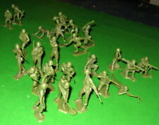 FULL PLATOON OF VINTAGE MARX PEA GREEN US INFANTRY..............