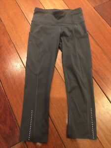 Lululemon Blue/Gray Cropped Pants Size 2