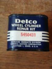 2 NOS VINTAGE DELCO CHEVY GM MORAINE  Wheel Cylinder Repair Tin & Kit # 5450431