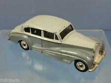 DINKY TOYS  MODEL No.150 ROLLS-ROYCE SILVER WRATH