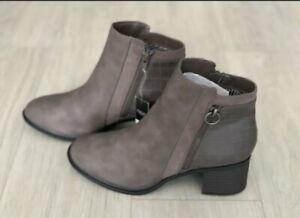NEXT FOREVER COMFORT Ladies Grey BLOCK HEEL CHELSEA BOOTS Size 5w New