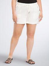 CG054 TORRID White Linen Rayon Lightweight SHORTS Plus Size 3 22/24 NWT $45