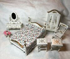 1:12 Town Square Miniature Dollhouse Furniture Bedroom White & Gold Set Vanity S
