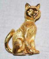 VTG CROWN TRIFARI Gold Tone Cat Kitty Kitten Feline Pin Brooch