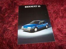 Prospectus /  Brochure RENAULT 19  1989 //