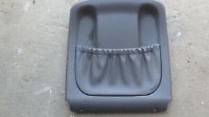 Rückenlehnenverkleidung rechts schwarz, Mercedes W203 - Teile Nr. 203 910 1239