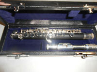 Roy Benson PC-502 Piccolo Flute Synthetic Wood with Woodcase and Bag