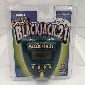 Radica Pocket BLACKJACK 21 Electronic Handheld Game #8021 GREEN - NOS 1999