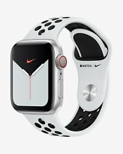 Apple Watch Nike Series 5 (GPS + Cellular) with Nike Sport Band 44mm Silver