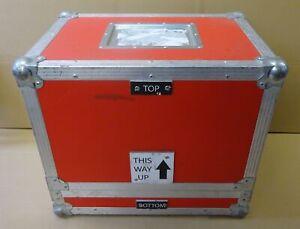 Medium Flight Case Aluminium W520 x D370 x H450mm - Red, Silver