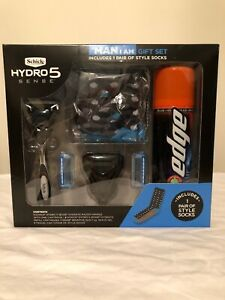"""Schick Hydro 5 Sense """"The Man I Am"""" Gift Set includes 1 Pair of Style Socks"""