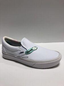 Vans Men's Comfycush, Slip-On Skate Shoes-White, Size 7M.
