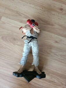 Street Fighter V Ryu Statue