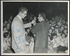 Tony BENNETT (Singer): Signed Photograph