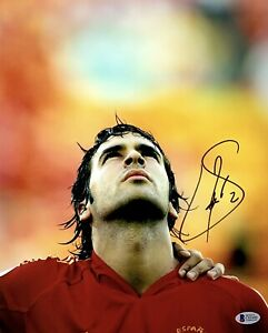 Raul Gonzalez Blanco Signed 11x14 Photo Beckett C82480 Soccer Spain