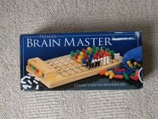 Brain master: Traditional Wooden Mastermind Game - Code Breaking Strategy Logic