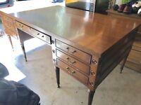 Kittinger Mahogany Large Executive Desk Writing Table