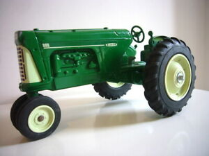 SpecCast: Oliver 880 Twin-Engine tractor 1:16 for spares etc, rare, made in USA