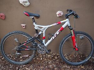 "GT 3.0 i drive mountain bike Silver Red Fox Shox 26""inch Wheel"