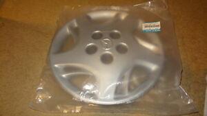 NOS OEM 2000-2001 Mazda MPV wheelcover #LC62-37-170 00 01 van hub cap wheel covr