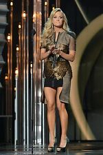 Beautiful Country Superstar Carrie Underwood 8X10 Photo W/ Borders