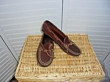 CABELA'S  LEATHER  LOAFERS/ SHOES WOMEN  SIZE 9M
