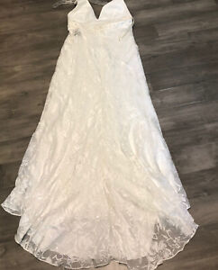 davids bridal Galina Wedding Dress Halter Size 14 Ivory $500