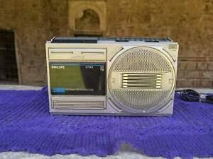 Phillips Stereo radio cassette player, Phillips D 7143