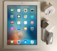 EXCELLENT Apple iPad 2nd Generation 16GB, Wi-Fi + 3G (Unlocked), 9.7in - White
