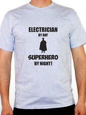 ELECTRICIAN BY DAY SUPERHERO - Electrics / Wiring / Novelty Themed Mens T-Shirt