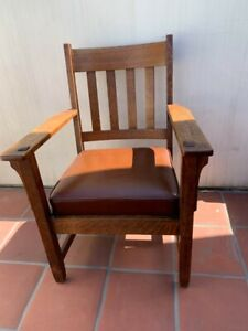 Antique Arts and Crafts Oak Chair