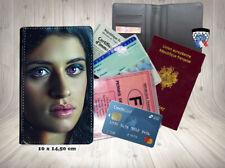 anya chalotra  002 carte identité grise permis passeport card holder